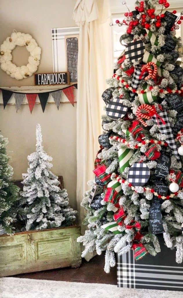 Amazing Farmhouse Christmas Tree Styles To Try My Simpatico Life